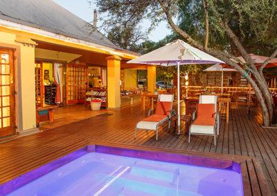 Swimming Pool Riverside Guest Lodge Oudtshoorn